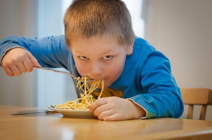 spaghetti eten